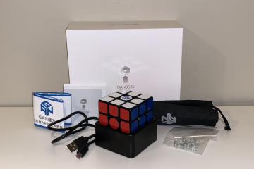 GAN 356i Box contents
